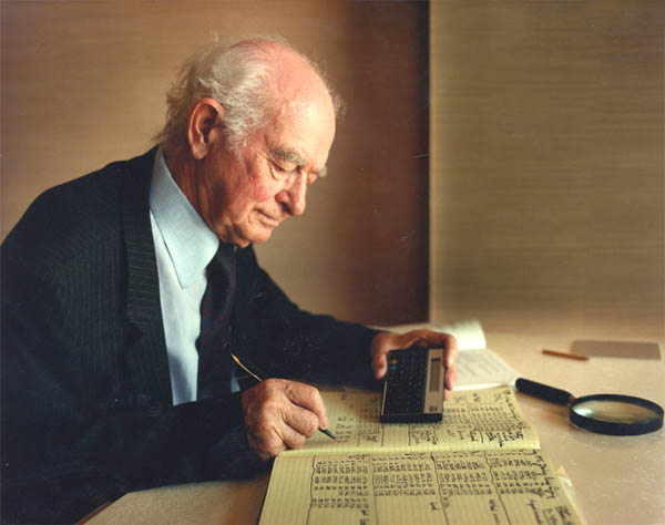 Linus Pauling Photo
